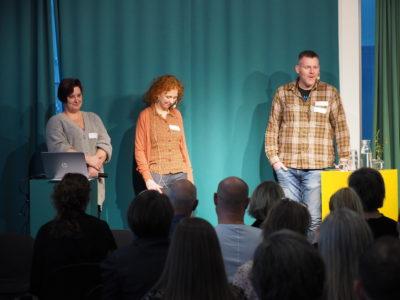 Ann-Kristin Sörensen, Cecilia Bergstedt och Göran Lundin om att ge ett bra stöd i Bostad först. (Foto: Charbel Sader)